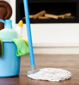 Aprenda a Limpar Piso de Madeira da Forma Correta