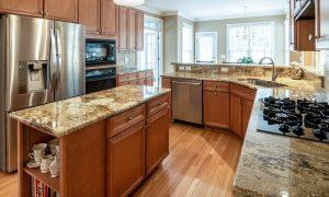 Vitrô de Cozinha Com Grade — Uma Opção Segura e Moderna Para Sua Casa