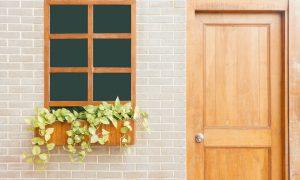 Entenda a Diferença entre Batente de Porta e Guarnição
