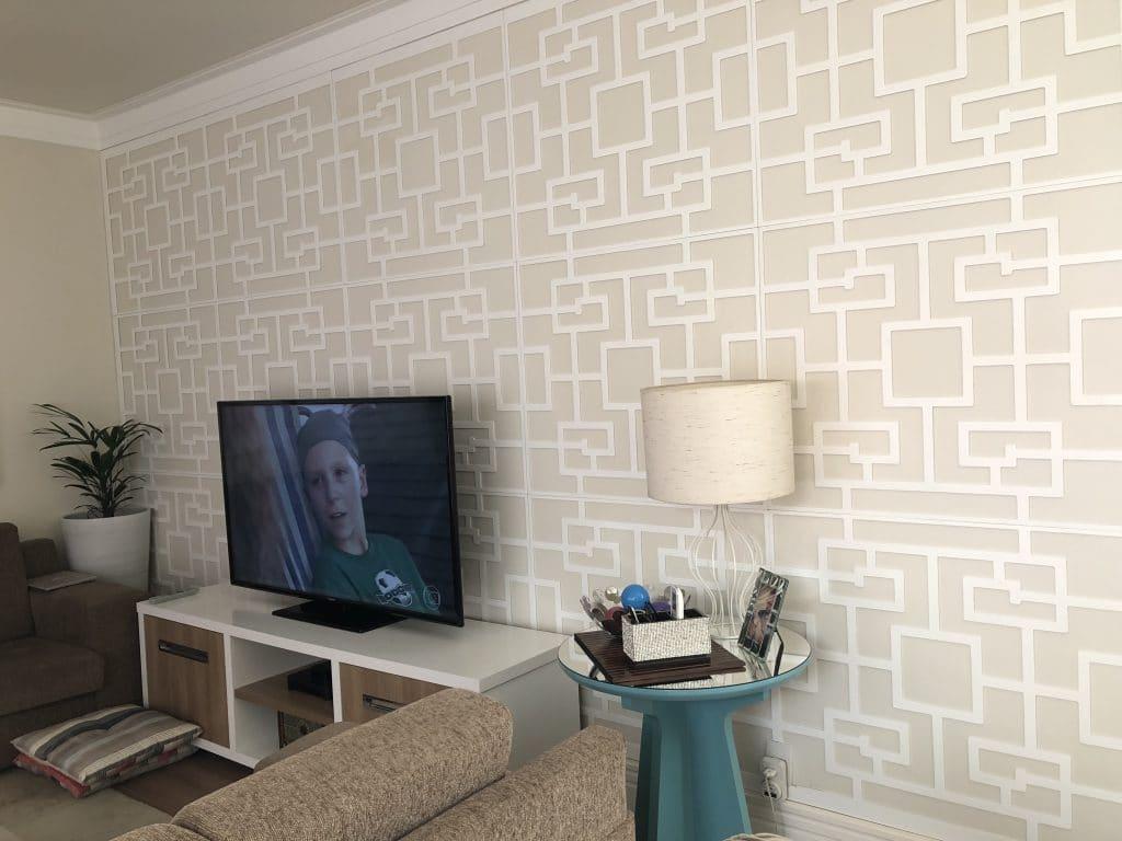 Painel decorativo de madeira como revestimento de parede